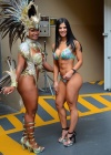 Eva Andressa Vieira (right)