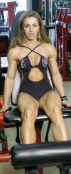 Girl with muscle - Juliana Malacarne