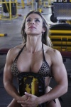 Girl with muscle - Roberta Gomes
