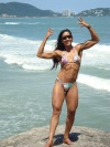 Girl with muscle - praia