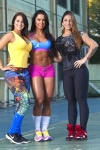 Girl with muscle - Gracyanne Barbosa (c) / Aline Oliveira (r)