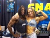 Girl with muscle - Iris Kyle (L) - Nora Girones (R)