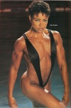 Girl with muscle - Lisa Lowe