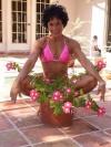 Girl with muscle - Josefina Monasterio