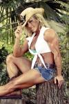Girl with muscle - Stefanie Kitner
