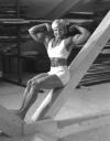 Girl with muscle - Susanne Niederhauser