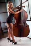 Girl with muscle - Nancy Capaldo