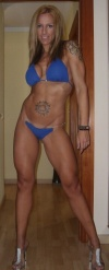 Girl with muscle - Anais Gascon