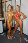 Girl with muscle - Juliane Andrade (l) / Mori Oliveira (r)
