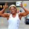 Girl with muscle - Iris Swatuk