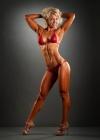 Girl with muscle - Noora Kuusivuori