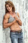 Girl with muscle - Nina Coleman