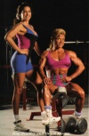 Girl with muscle - Tina Bradley / Drorit Kernes