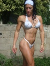 Girl with muscle - Alejandra Echenique