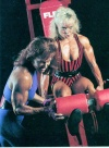 Girl with muscle - Sue Gafner / Nanna Bjone