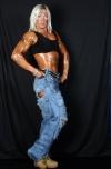 Girl with muscle - Nina Midling