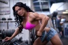 Girl with muscle - Kizzy Vaines