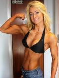 Girl with muscle - sofia holmner