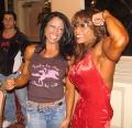 Girl with muscle - Tara Scotti / Brenda Raganot