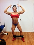 Girl with muscle - Suzy Kellner