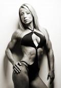 Girl with muscle - Monika Kovacs