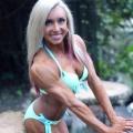 Girl with muscle - Hanna Hallman