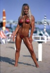 Girl with muscle - Amanda Doherty