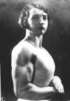 Girl with muscle - Luisita Leers