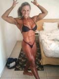 Girl with muscle - Priscila Nunes