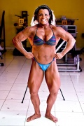 Girl with muscle - Carina Roxana Espinoza