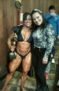 Girl with muscle - Ana Cristina Queiroz (L)