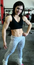 Girl with muscle - Ariane Souza