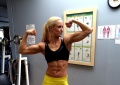 Girl with muscle - Lena Nikolaus