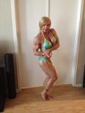 Girl with muscle - Shawna Pierce