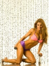 Girl with muscle - Christine Pomponio