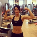 Girl with muscle - fit_miri