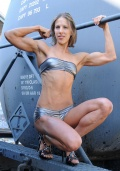 Girl with muscle - Chrissy Zmijewski