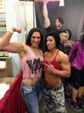 Girl with muscle - Leah (L) / Dana Linn Bailey (R)