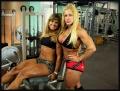 Girl with muscle - Renata Guaraciaba / Anne Freitas