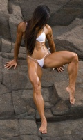 Girl with muscle - Gal Ferreira Yates