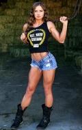 Girl with muscle - Lawna Sannar