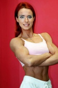 Girl with muscle - Minna Paler