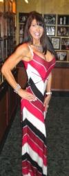 Girl with muscle - Lisa Arnow