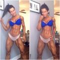 Girl with muscle - Vivien Olah