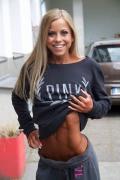 Girl with muscle - Paula Kramer
