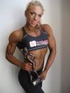 Girl with muscle - Minna Pajulahti