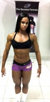 Girl with muscle - Denise Rodrigues