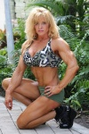 Girl with muscle - Amy Neal (Bridges)