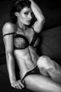 Girl with muscle - Diana Schnaidt