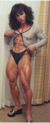 Girl with muscle - Annie Rivieccio